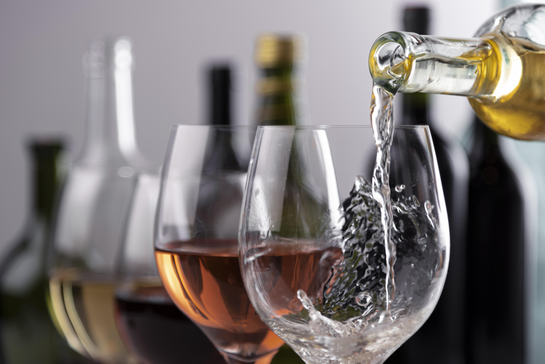 Descubra quais tipos de taças utilizar para cada bebida